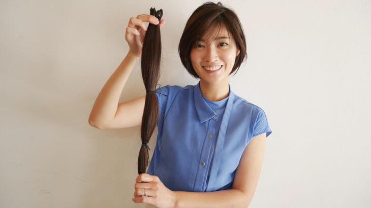 『news zero』岩本乃蒼アナ、ヘアドネーションで5年間伸ばした髪をバッサリカット!「かわいい」「似合ってる」